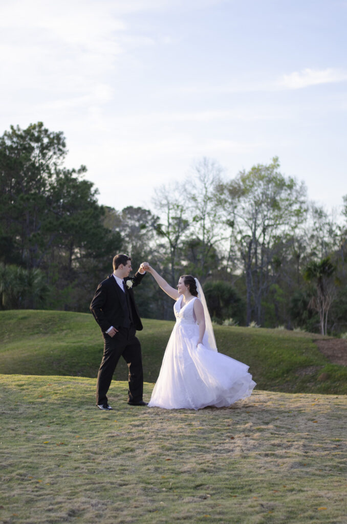 Golden Eagle Tallahassee Wedding | Poppie Studios
