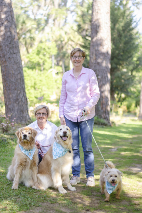 Family Photos with Dogs at Maclay Gardens